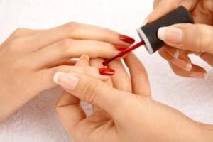 Hacer manicura permanente en casa