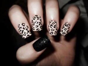 Manicura-estampado-de-leopardo