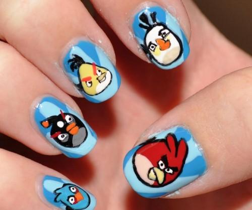 Diseño de uñas divertido