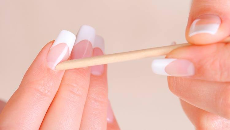 trucos para pintar uñas en casa